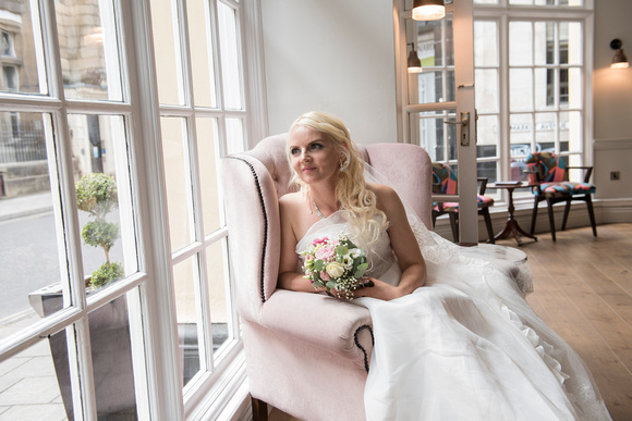 Wedding-Bristol-bride-best-rated-photographer-Beata Cosgrove Photography